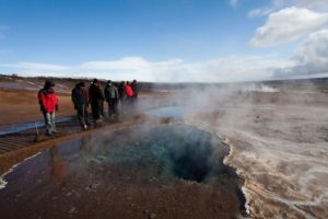 Golden Circle & Caving strokkur