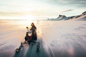 midnight sun snowmobile tour
