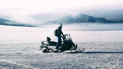 Snowmobile on Langjökull Glacier – Meet at Gullfoss