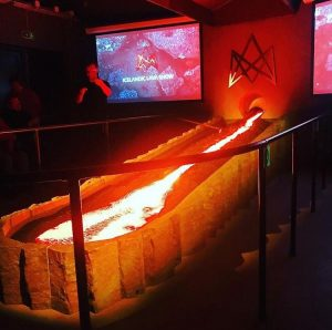 the-only-live-lava-show-in-the-world-3