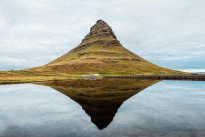Kirkjufell-Mountain