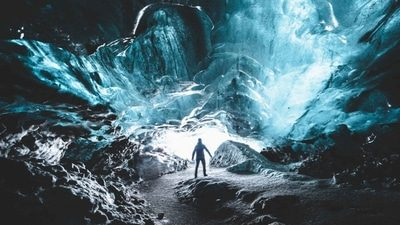 Crystal Blue Ice Cave in Vatnajokull Glacier | SuperTruck from Jokulsarlon | Small Groups​